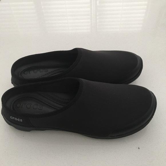 630088c38ea0f CROCS Shoes - Crocs Women s Duet Busy Day 2.0 Satya Mule